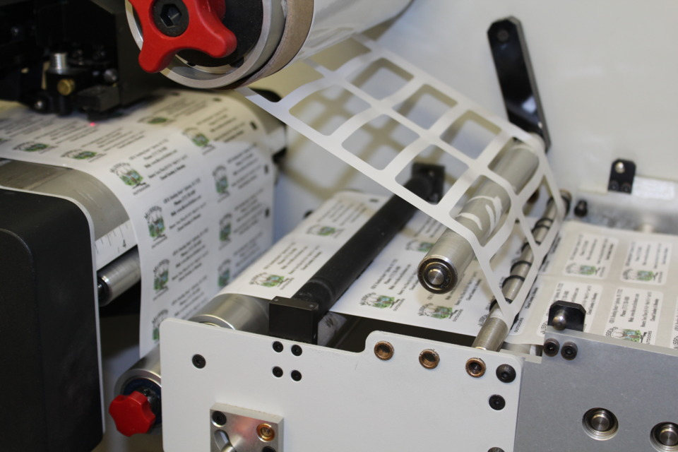 die cutting of labels